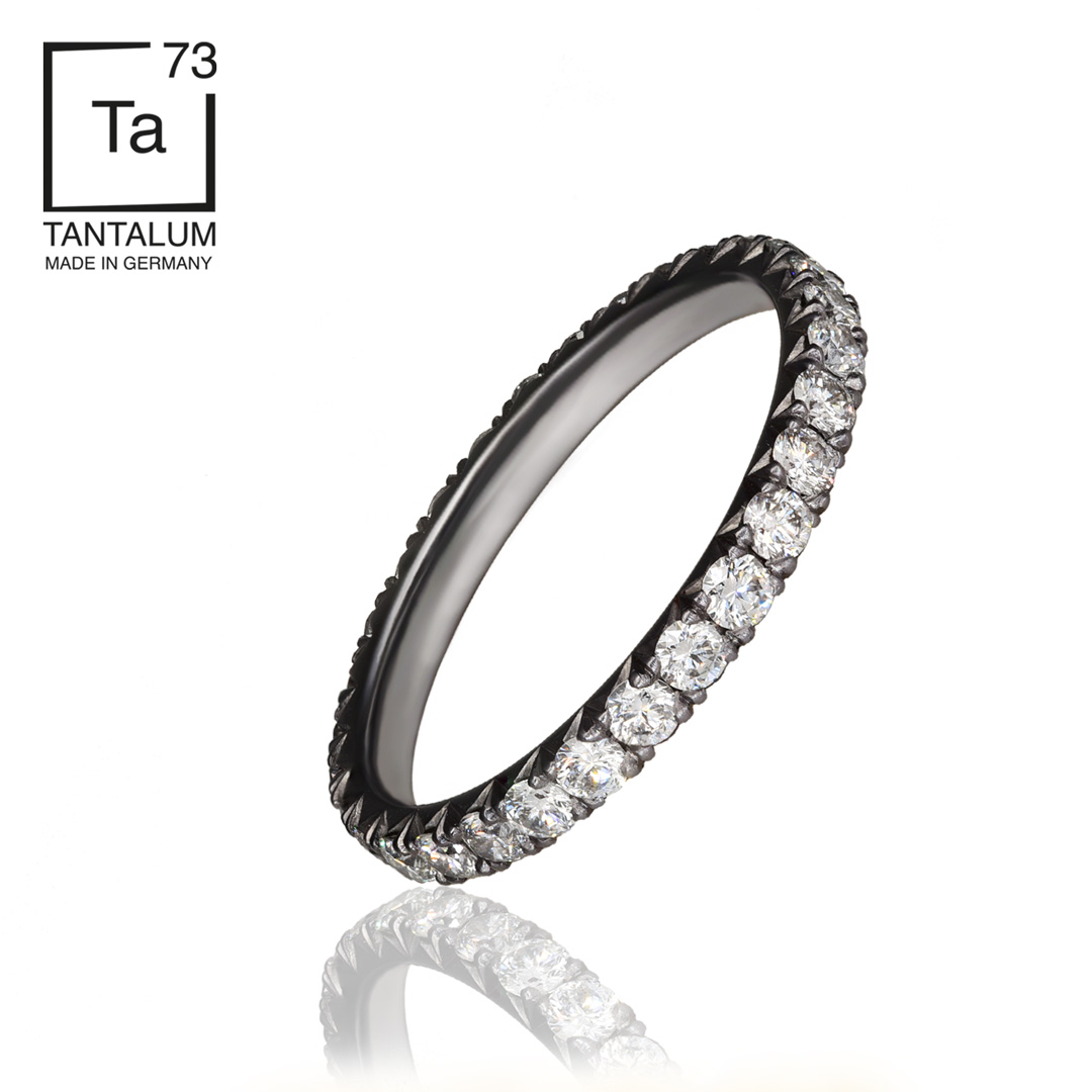 DIAMANTAL MEMORY RING
